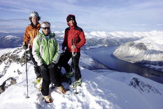 Skigipfel am Romsdalfjord