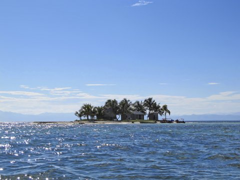 Karibische Kueste Cayos Cochinos La Ceiba