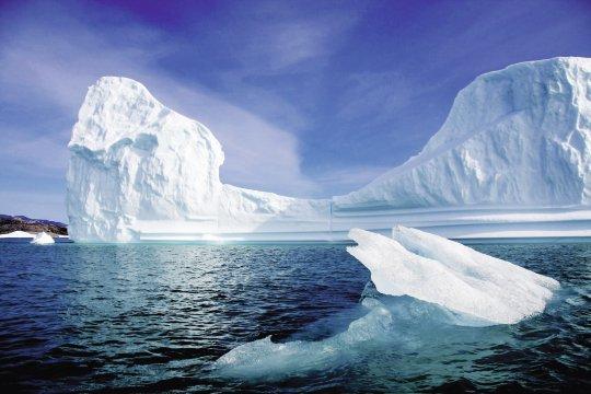 Ostgrönland - Eisberg im Nagtivitfjord