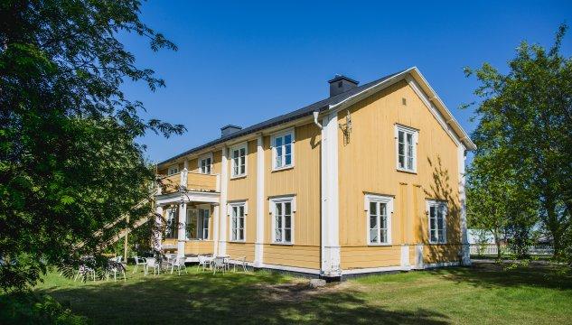 Tjers Gästehaus von außen - Johanna Frielingsdorf