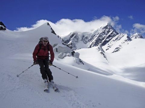 Kaukasus Skiabfahrt vom Elbrus