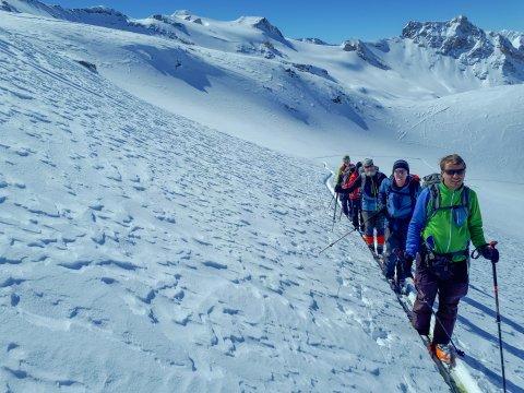 sterreich-Alpen-Aufstieg-Sonne