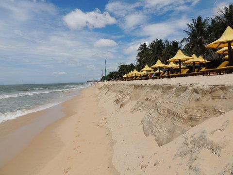Phan_Thiet_Strand_Coco_Beach_Resort