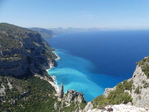 Italien-Punta-Salinas-Bucht