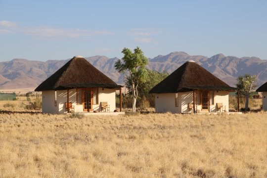 Namibia-Desert-Homestead-Lodge-Hütten
