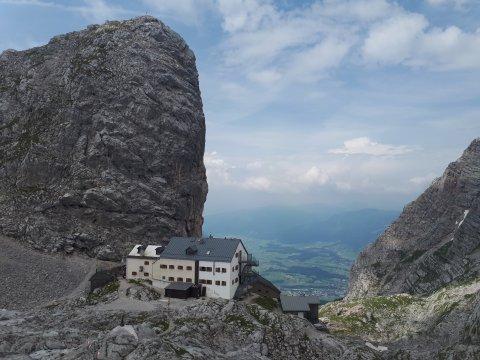 sterreich-Alpen-Riemannhaus