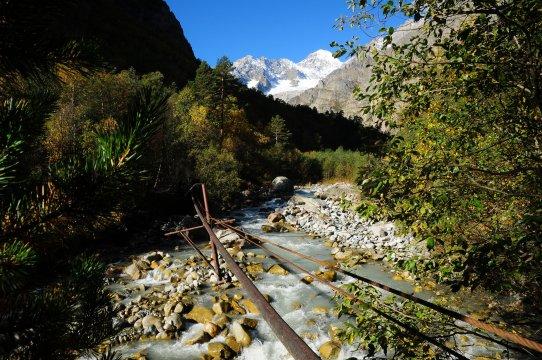 Tsey-Fluss und Uilpata Peak