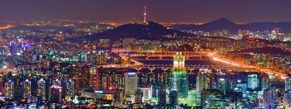 KTO_Seoul_bei_Nacht_Suedkorea_960x360