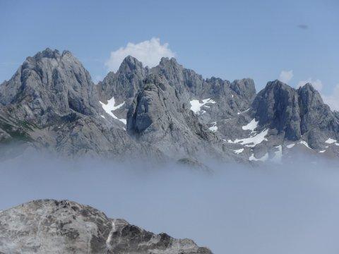 Wanderung in den Picos über der Wolkendecke