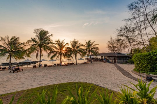 Eco Beach Resort Sonnenuntergang