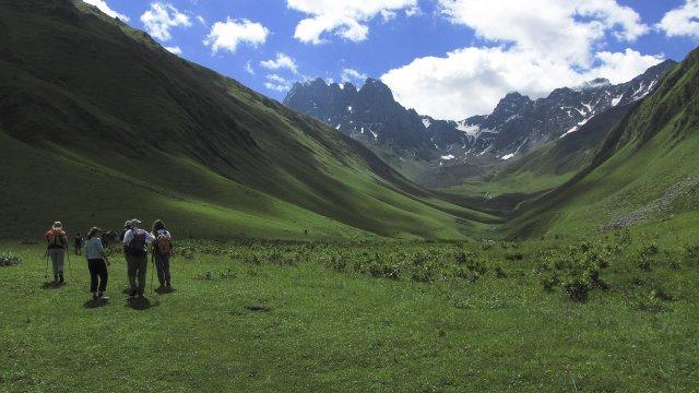 Wanderung am Bergmassiv Chaukhi