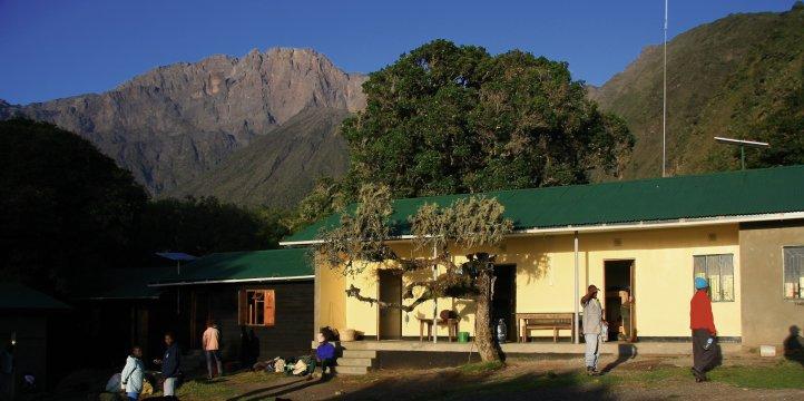 Mt.Meru Miriakamba Hut 2