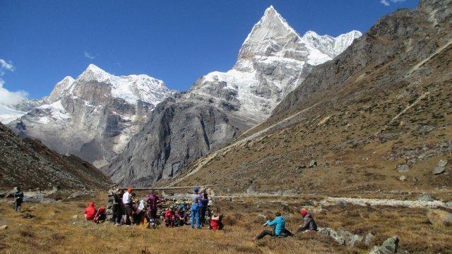 Nepal-Aufstieg-nach-Khare
