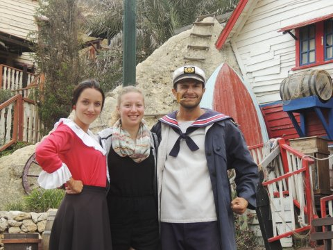 Popeye Village Gruppenbild mit Popeye und Olivia