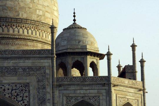 Agra Kuppeln des Taj Mahal