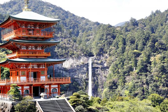 Nachi-Wasserfall und Pagode