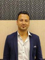 Abhisekh Shresta Reiseleiter Porträt