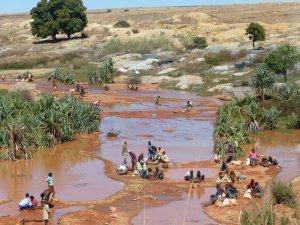 Madagaskar-Leben-am-Fluss