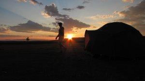 Sonnenuntergang im Sommerlager der Nomaden